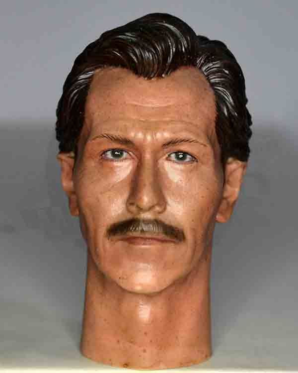 Batman Commisioner Gordon Headsculpt (Gary Oldman Likeness)